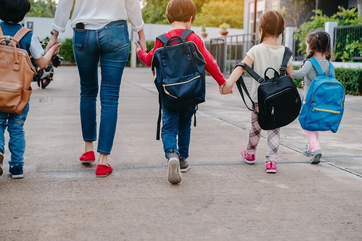 Voici les 10 règles à respecter pour fixer les limites de votre enfant